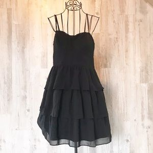 AEO Black Tiered Chiffon Sundress Size 4